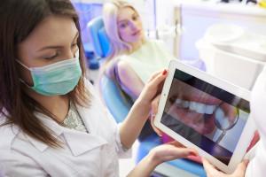 Mit ivoris® Bilder von der Kamera direkt in die Patientenakte